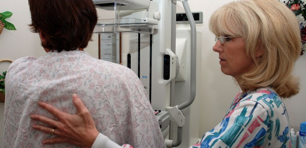 New Review Looks at the Risks and Benefits from Annual Mammograms