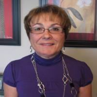 Profile picture of Elaine Savard