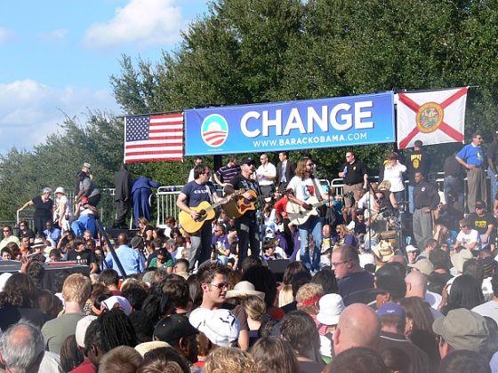 Josh Snyder and his band at President Barack Obama's rally in Orlando